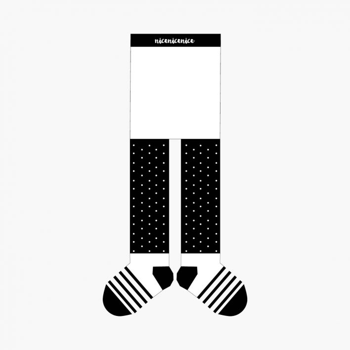 Babystrumpfhose-dots-black.jpg