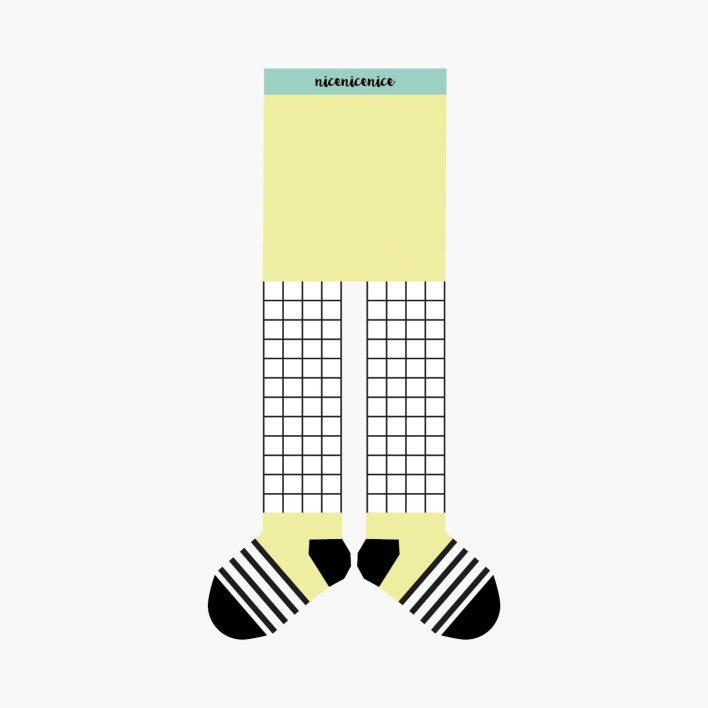 Babystrumpfhose-grid-yellow.jpg