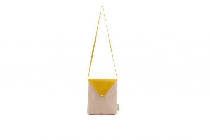 Sticky Lemon – envelope bag – soft pink front