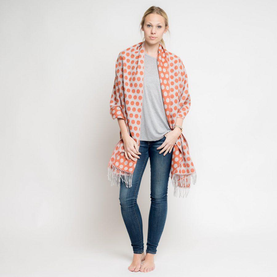 nice-merino-scarf-dots-11.jpg