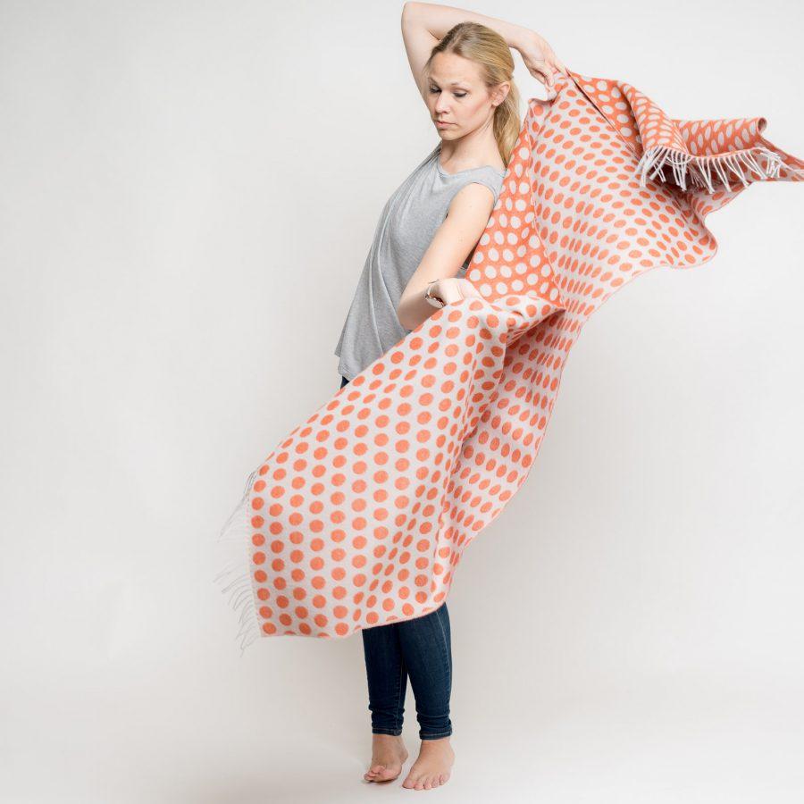 nice-merino-scarf-dots-12.jpg