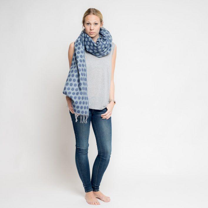 nice-merino-scarf-dots-30.jpg