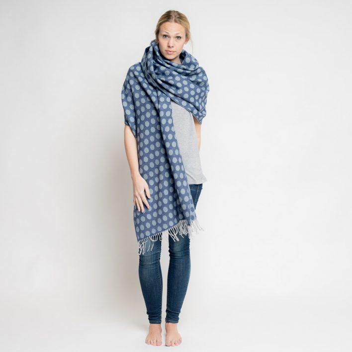 nice-merino-scarf-dots-33.jpg