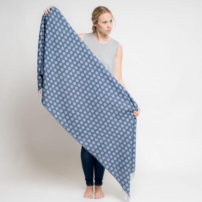nice-merino-scarf-dots-34.jpg