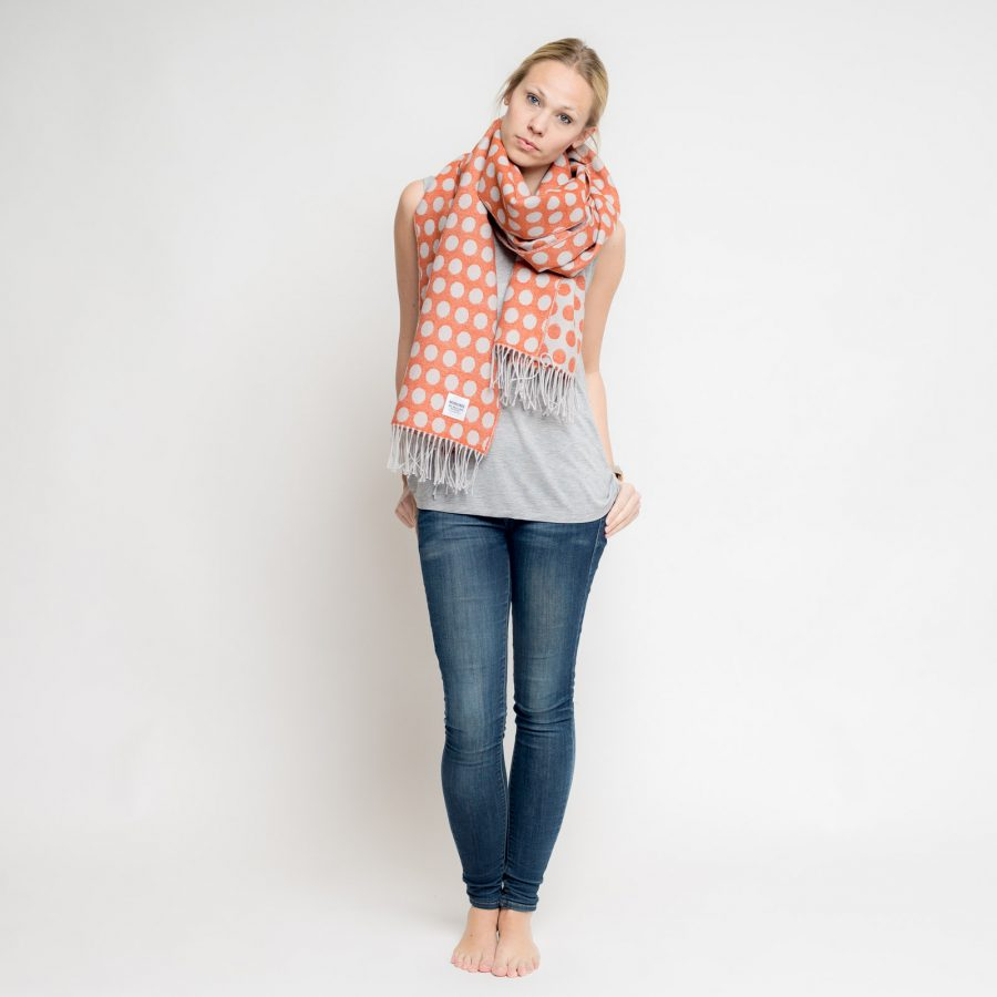 nice-merino-scarf-dots-9.jpg