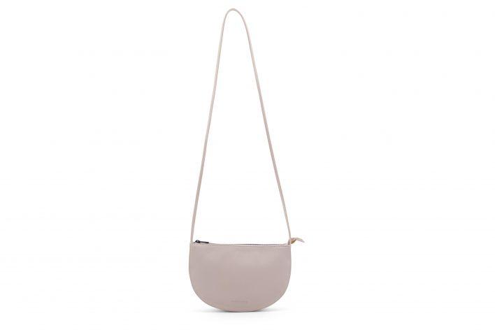 1601344 – Monk & Anna – product – Farou half