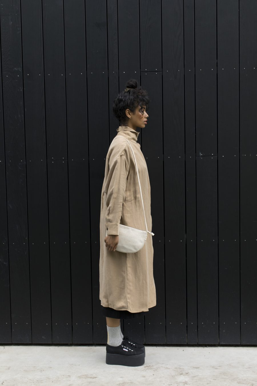 1601367 – Monk & Anna – style – Farou half moon bag – Linen