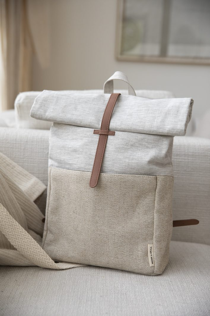 1601395 – Monk and Anna – style – Herb backpack – linen + jute