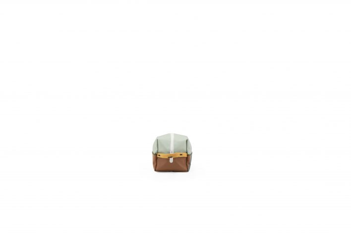 1801576 – Sticky Lemon – toiletry bag – sprinkles – sage green _ sugar brown _ cantaloupe – side