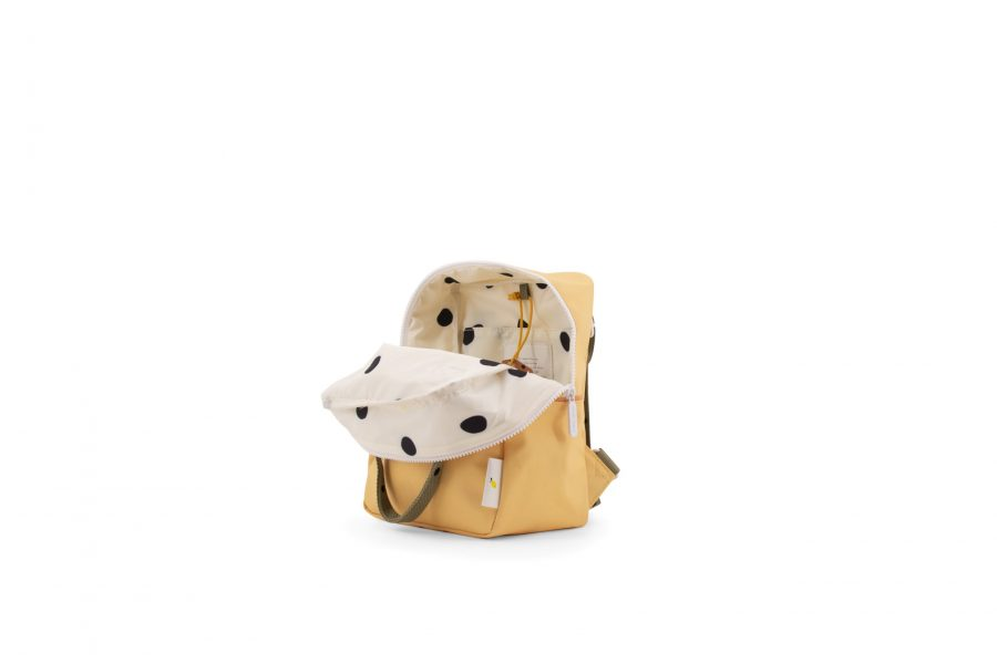 1801642 – Sticky Lemon – backpack small – freckles – retro yellow + seventies green – style shot 1 (2)