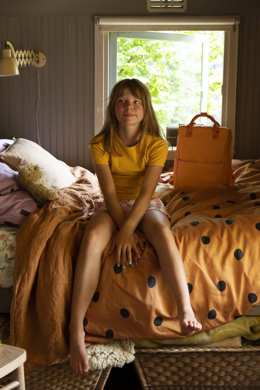1801644 – Sticky Lemon – backpack large – freckles – sunny yellow + carrot orange – style shot 0 (1)
