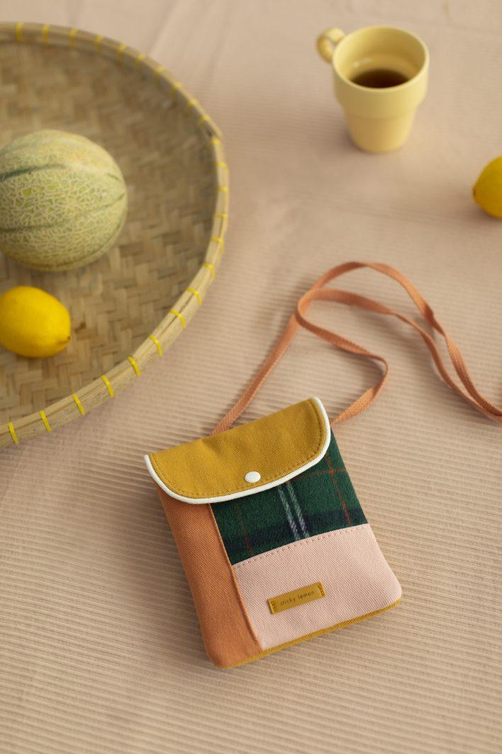 1801678 – Sticky Lemon – wallet bag – wanderer – forest green checks – style shot 03