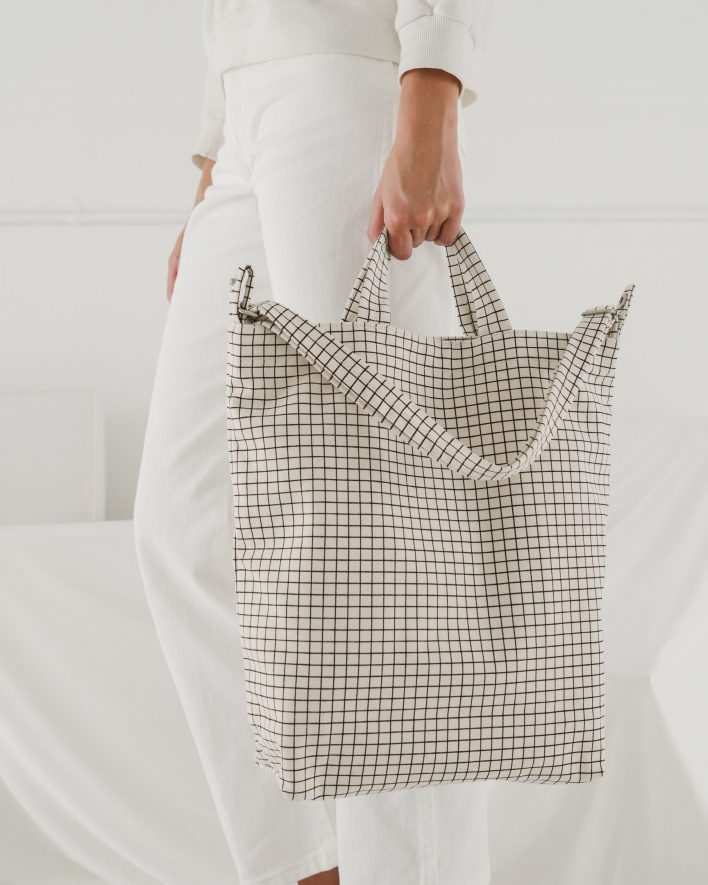Duck_Bag_2_16oz_Canvas_Natural_Grid-03_4dc86b48-871e-4530-a97d-b03b33172c1a_1728x2160_crop_center.progressive