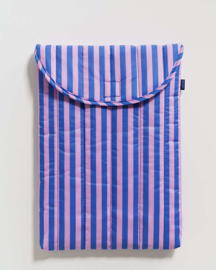 Puffy_Laptop_Sleeve_16__Ripstop_Pink_and_Blue_Stripe_01_1728x2160_crop_center.progressive