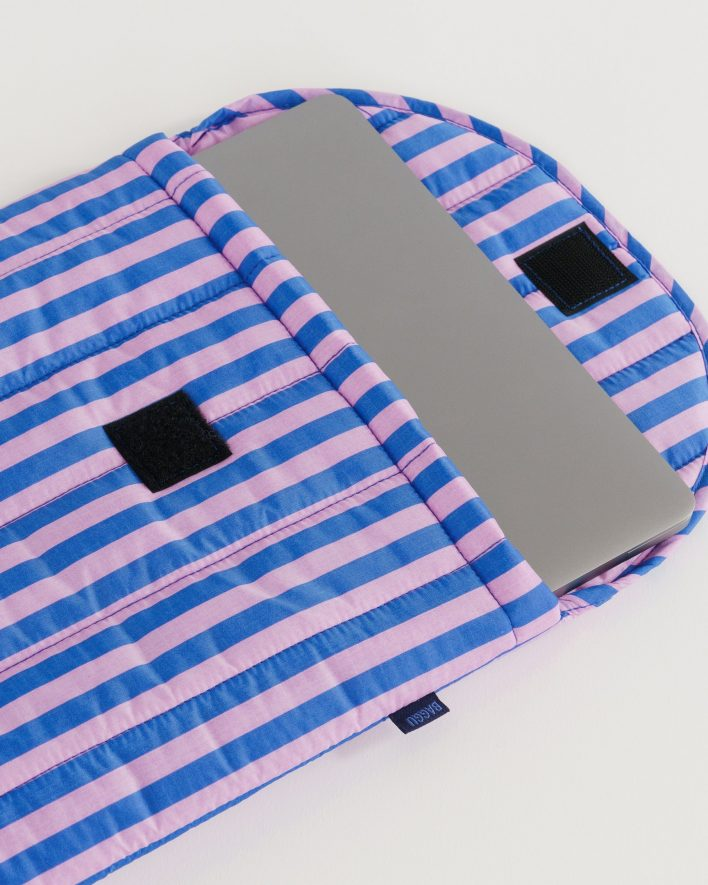 Puffy_Laptop_Sleeve_16__Ripstop_Pink_and_Blue_Stripe_04_1728x2160_crop_center.progressive