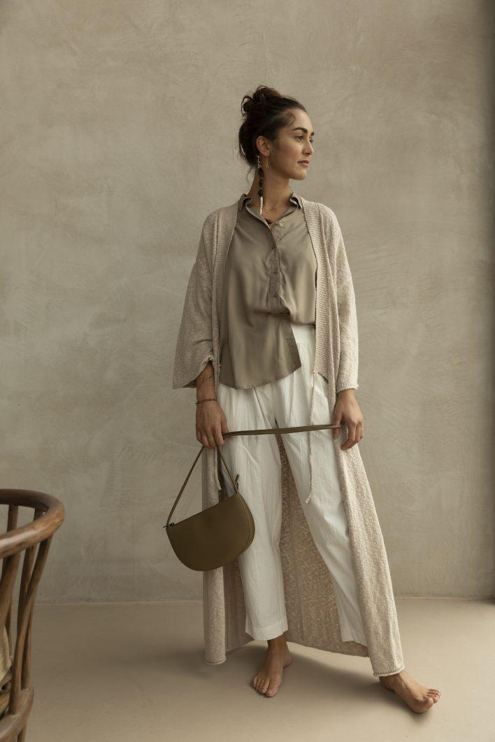 1601493 – Monk & Anna – style – Farou half moon bag – olive