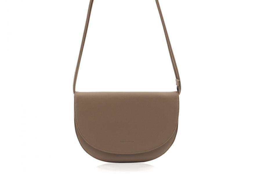 1601496 – Monk & Anna – product – Soma half moon bag – Cacoa – 2