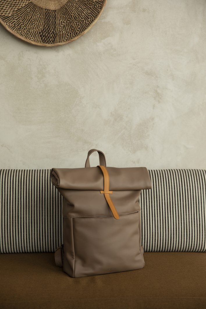 1601497 – Monk & Anna – style – Herb backpack – cacao