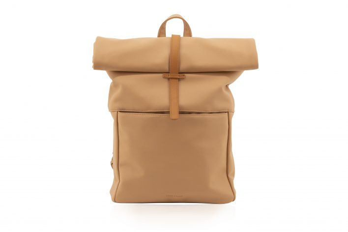 1601498 – Monk & Anna – product – Herb backpack – cashew