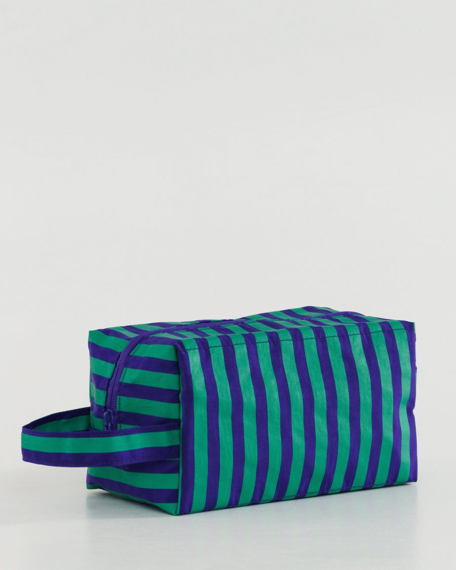 Dopp_Kit_Heavyweight_Cobalt_and_Jade_Stripe_01_1728x2160_crop_center.progressive