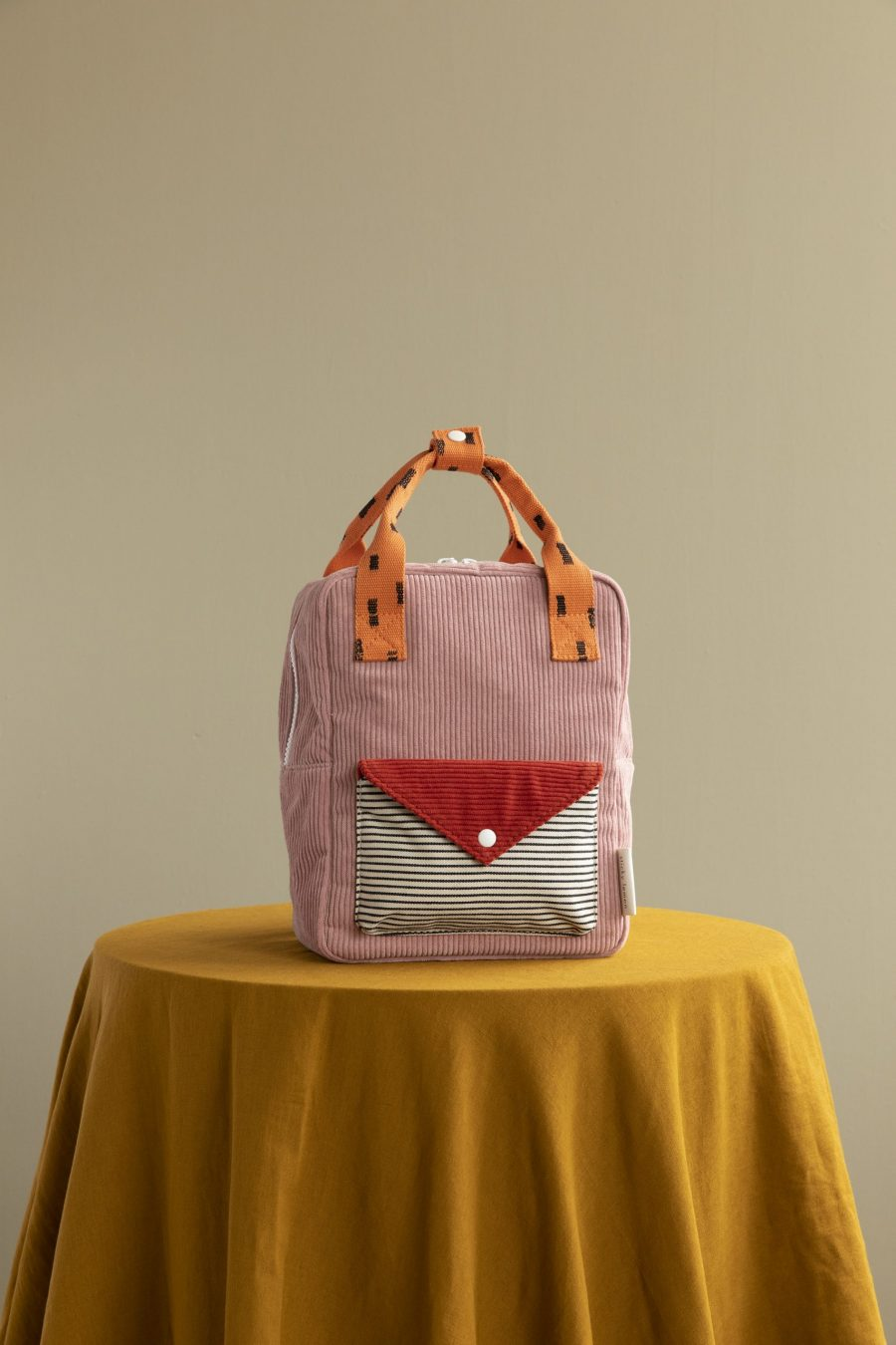 1801813 – Sticky Lemon – style photography – corduroy – small backpack – dusty pink + marmalade